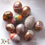 Красим пасхальные яйца